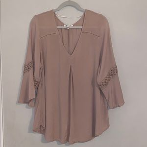 Spense woman taupe/tan flowing blouse sz. 2x